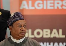 """El secretario general de la OPEP, Mohammed Barkindo, en un foro de ministros en Argel, sep  27, 2016. La OPEP debería estar lista para alcanzar un acuerdo que limite la producción de petróleo en su próxima reunión, dijo el martes el secretario general de la organización, y añadió que espera que """"todos los bloques del consenso estén en su lugar"""" para el encuentro del 30 de noviembre.  REUTERS/Ramzi Boudina"""