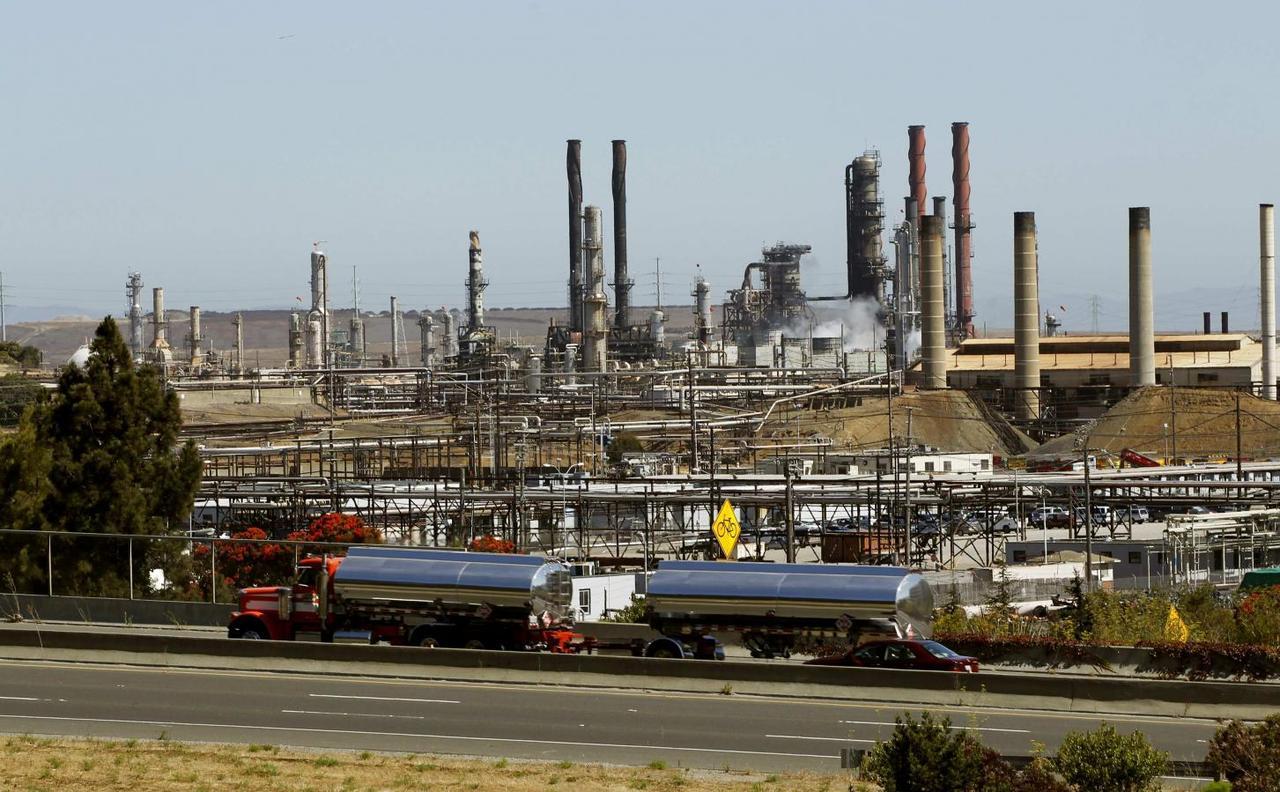 Chevron sees big profits in California despite regulations