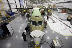 A Bombardier q400 airplane is seen being assembled at the Bombardier aircraft manufacturing facility in Toronto, November 25, 2010.  REUTERS/Mark Blinch/File Photo