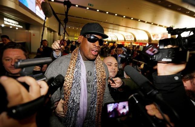 11月22日、NBAの元スター選手、デニス・ロッドマン氏が高速道路で逆走などしたとして、オレンジ郡検察当局に起訴されたことが明らかになった。2013年12月撮影(2016年 ロイター/Jason Lee)