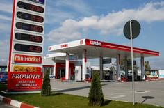 A view shows a Lukoil company gas station in Chisinau, Moldova, October 9, 2016.  REUTERS/Gleb Garanich