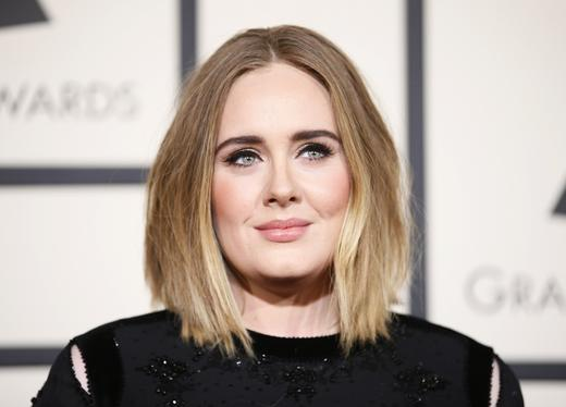 Singer Adele arrives at the 58th Grammy Awards in Los Angeles, California February 15, 2016. Photo: REUTERS/Danny Moloshok