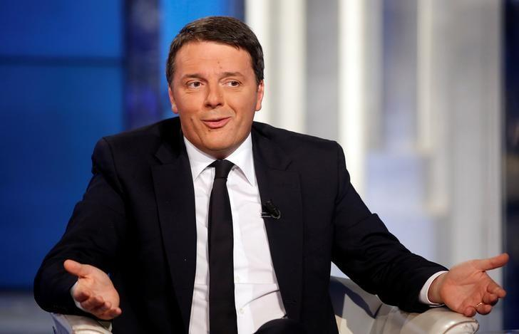Italy's Prime Minister Matteo Renzi gestures as he attends television talk show ''Porta a Porta'' (Door to Door) in Rome, Italy, November 30, 2016.  REUTERS/Remo Casilli