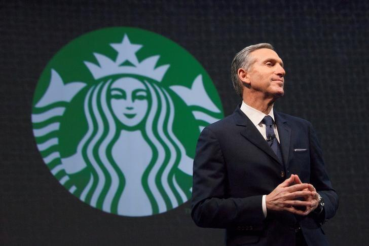 FILE PHOTO: Starbucks Chief Executive Howard Schultz speaks during the company's annual shareholders meeting in Seattle, Washington March 18, 2015.  REUTERS/David Ryder/Files
