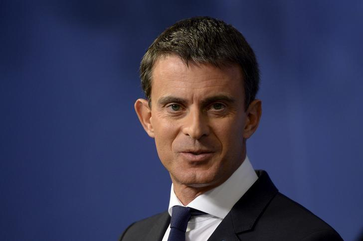 France's Prime Minister Manuel Valls is seen during a joint news conference after his talks on the refugee situation and European Labour market with his Swedish counterpart Stefan Lofven at the government building Rosenbad in Stockholm, September 18, 2015. REUTERS/Jessica Gow/TT News Agency/Files
