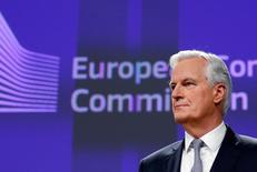 Las negociaciones de Reino Unido con la Unión Europea para abandonar el bloque tendrán que estar completadas dentro de 18 meses, probablemente en octubre de 2018, dijo el martes el principal negociador europeo para el Brexit. En la imagen, Michel Barnier, negociador jefe de la Unión Europea para el Brexit en rueda de prensa en la sede de la Comisión Europea en Bruselas, Bélgica, el 6 de diciembre de 2016.  REUTERS/Francois Lenoir