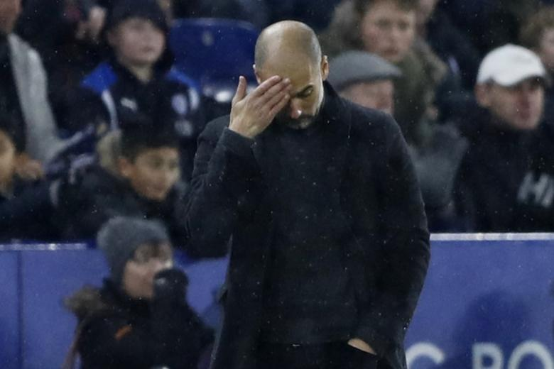 Football Soccer Britain - Leicester City v Manchester City - Premier League - King Power Stadium - 10/12/16 Manchester City manager Pep Guardiola looks dejected  Action Images via Reuters / Carl Recine Livepic