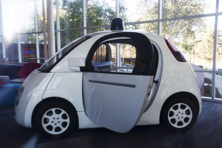 A Google self-driving car is seen inside a lobby at the Google headquarters in Mountain View, California November 13, 2015. REUTERS/Stephen Lam/Files