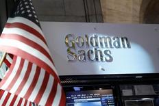 Goldman Sachs s'apprête à promouvoir David Solomon et Harvey Schwartz pour seconder son directeur général, Lloyd Blankfein. /Photo d'archives/REUTERS/Brendan McDermid