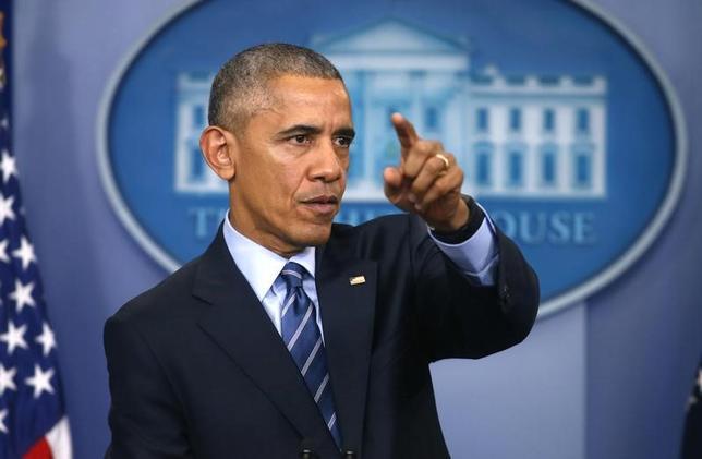 12月16日、オバマ米大統領は、プーチン氏のサイバー攻撃関与を強く示唆した。写真はワシントンで同日撮影(2016年 ロイター/Carlos Barria)