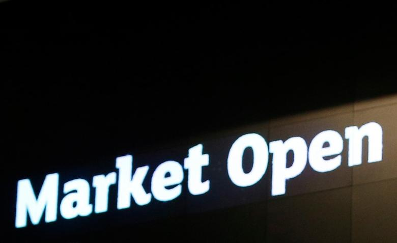 A sign alerting of the opening of markets is illuminated at the London Stock Exchange in London, Britain, November 10, 2016.  REUTERS/Peter Nicholls/File Photo