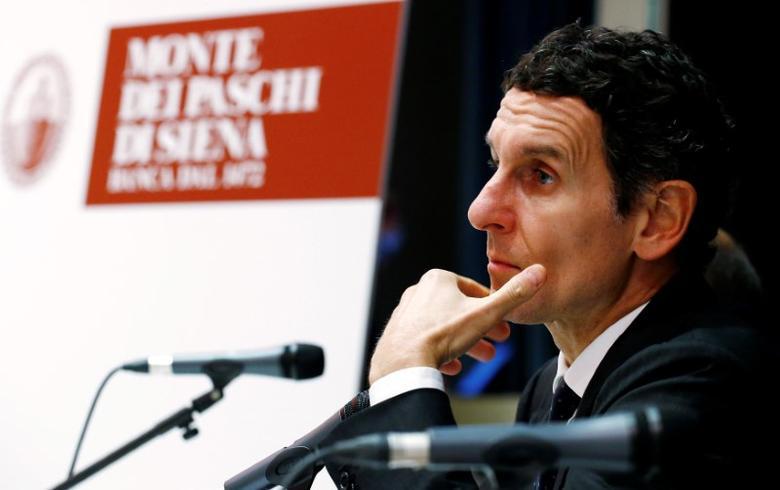 Monte dei Paschi di Siena bank CEO Marco Morelli attends a news conference  in Milan, Italy October 25, 2016. REUTERS/Alessandro Garofalo - RTX2QCBO