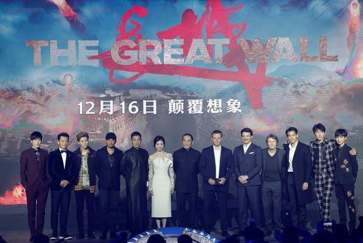 Chinese director Zhang Yimou (C) and cast members of his latest film ''Great Wall'' attend a news conference in Beijing, China December 6, 2016. REUTERS/Jason Lee