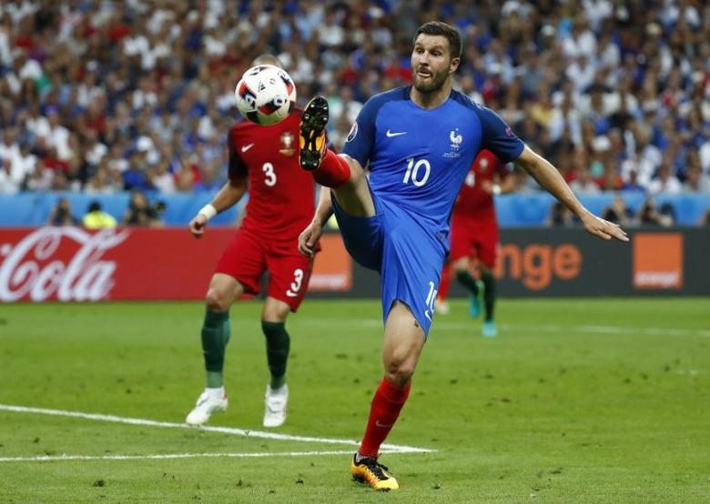 Football Soccer - Portugal v France - EURO 2016 - Final - Stade de France, Saint-Denis near Paris, France - 10/7/16 France's Andre Pierre Gignac in action REUTERS/Kai Pfaffenbach Livepic