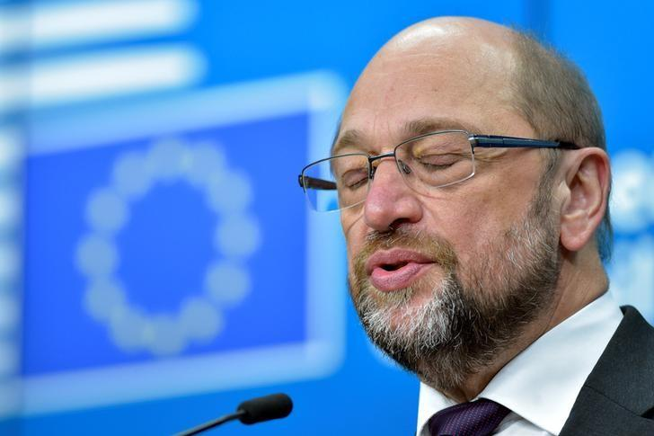 European Parliament President Martin Schulz holds a news conference during a EU Summit at the European Council headquarters in Brussels, Belgium December 15, 2016. REUTERS/Eric Vidal