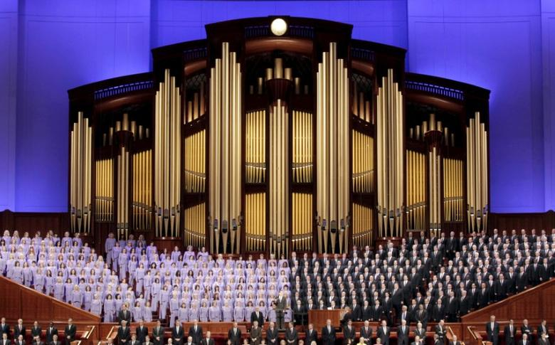 The Mormon Tabernacle Choir sings at the first session of The Church of Jesus Christ of Latter-day Saints' 185th Annual General Conference in Salt Lake City, Utah April 4, 2015.  REUTERS/George Frey/File Photo