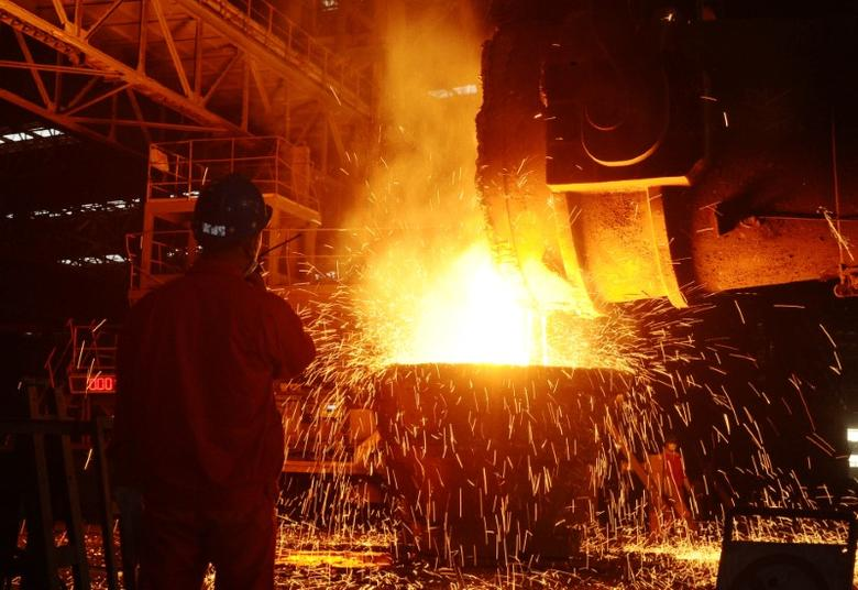 An employee works at a steel factory in Dalian, Liaoning Province, China, June 27, 2016.  REUTERS/Stringer