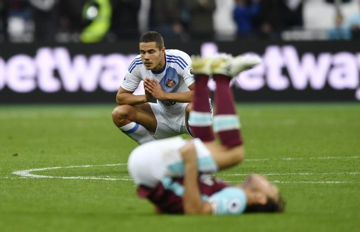 Britain Soccer Football - West Ham United v Sunderland - Premier League - London Stadium - 22/10/16Sunderland's Jack Rodwell looks dejected after the match Action Images via Reuters / Tony O'BrienLivepic/Files