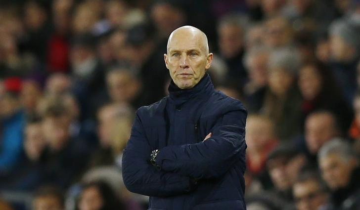 Britain Soccer Football - Swansea City v West Ham United - Premier League - Liberty Stadium - 26/12/16 Swansea City manager Bob Bradley  Action Images via Reuters / Peter Cziborra Livepic/Files