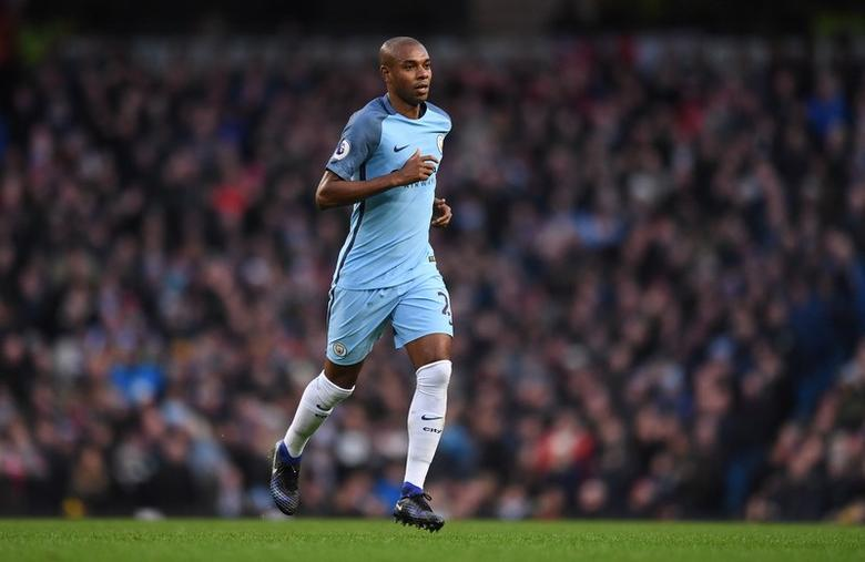 Britain Football Soccer - Manchester City v Burnley - Premier League - Etihad Stadium - 2/1/17 Manchester City's Fernandinho leaves the pitch after being sent off Reuters / Anthony Devlin