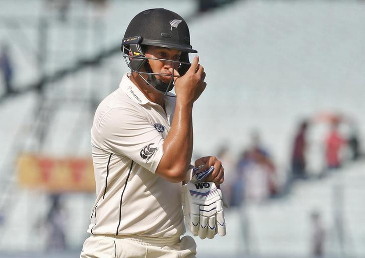 Cricket - India v New Zealand - Second Test cricket match - Eden Gardens, Kolkata, India - 03/10/2016. New Zealand's Ross Taylor walks of the field after his dismissal. REUTERS/Rupak De Chowdhuri/Files