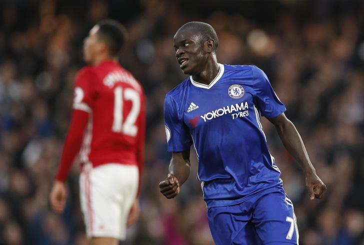Britain Soccer Football - Chelsea v Manchester United - Premier League - Stamford Bridge - 23/10/16Chelsea's N'Golo Kante celebrates scoring their fourth goal Action Images via Reuters / John SibleyLivepic/Files