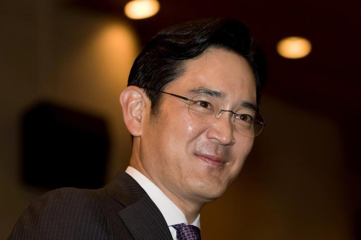 Jay Y. Lee, the only son of Samsung Electronics chairman Lee Kun-hee and the company's vice chairman, attends the 2015 HO-AM Prize ceremony which was established by Lee Kun-hee, in Seoul, South Korea, June 1, 2015.  REUTERS/Cho Seong-joon/Pool/File photo