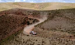 Dakar Rally - 2017 Paraguay-Bolivia-Argentina Dakar rally - 39th Dakar Edition - Eighth stage from Uyuni, Bolivia to Salta, Argentina 10/01/17. Peugeot's driver Stephane Peterhansel and his co-driver Jean Paul Cottret of France in action.  REUTERS/Franck Fife/Pool