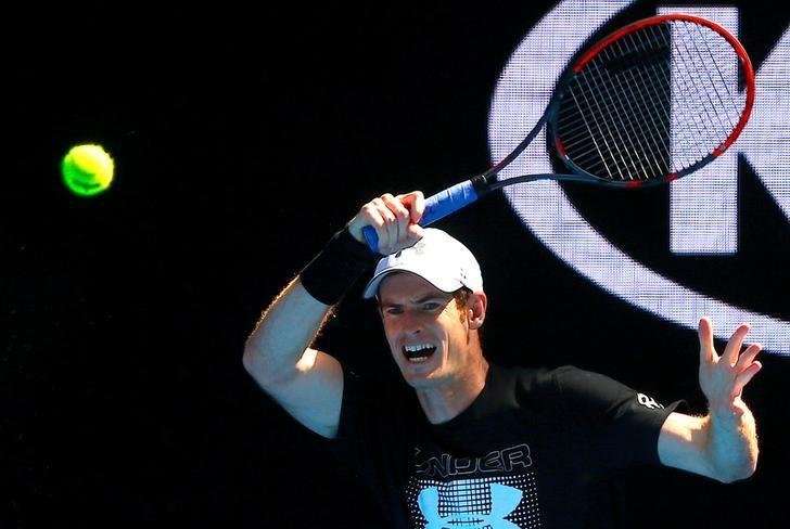 Britain's Andy Murray hits a shot during a training session ahead of the Australian Open tennis tournament in Melbourne, Australia, January 12, 2017.       REUTERS/David Gray