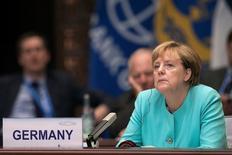 Foto de archivo de la canciller alemana, Angela Merkel, durante la ceremonia inaugural de la Cumbre del G-20 en Hangzhou, China, September 4, 2016. La canciller alemana, Angela Merkel, instó el sábado a Estados Unidos a mantenerse dentro de la cooperación multilateral, y señaló que la tendencia hacia el proteccionismo supone un riesgo para la prosperidad. REUTERS/Nicolas Asfonri/Pool