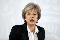 """En la imagen, la primera ministra británica Theresa May da un discurso sobre la salida de la Unión Europea en Lancaster House en Londres, el 17 de enero de 2017.La primera ministra Theresa May dijo el martes que los planes de su Gobierno para el """"Brexit"""" implican que Reino Unido no podrá permanecer en el mercado único de la Unión Europea y que buscaría llegar a un acuerdo que tome ciertos aspectos de la membresía. REUTERS/Kirsty Wigglesworth/Pool"""
