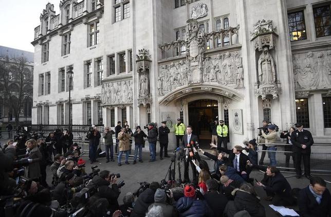 1月24日、英最高裁判所(写真)は、EU離脱手続きの開始には議会の承認が必要との判断を下した(2017年 ロイター/Toby Melville)