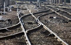 L'équipementier ferroviaire américain Wabtec a annoncé vendredi détenir 78,17% du groupe français Faiveley Transport, sur lequel il a lancé une offre de 1,8 milliard de dollars (1,6 milliard d'euros) en octobre 2015. /Photo d'archives/REUTERS/Eric Gaillard