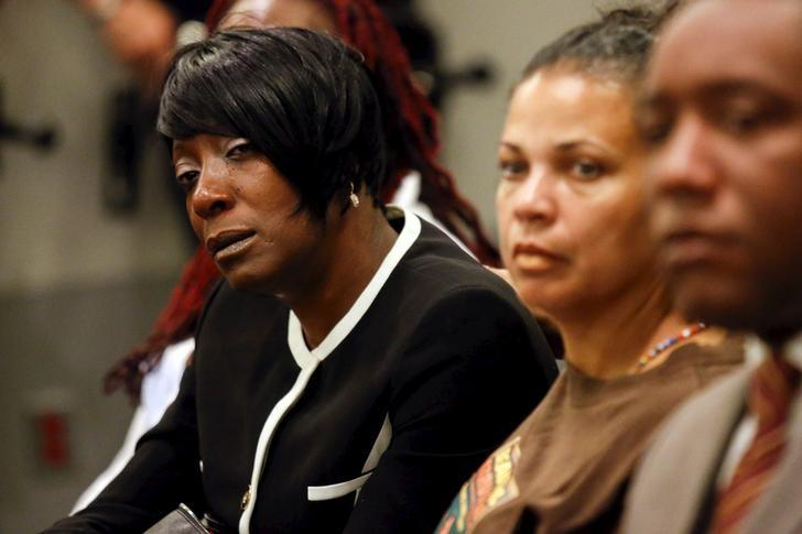 Tritobia Ford, mother of Ezell Ford, waits to speak during a meeting of the Los Angeles Police Commission in Los Angeles, California June 9, 2015. REUTERS/Patrick T. Fallon