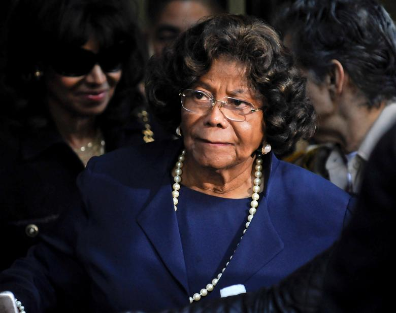 File Photo: Michael Jackson's mother Katherine Jackson leaves the sentencing hearing of Dr. Conrad Murray, in Los Angeles California November 29, 2011. REUTERS/Gus Ruelas/File Photo