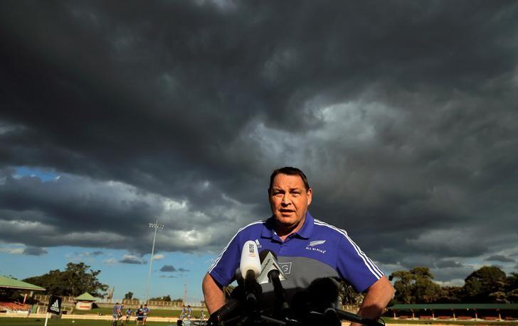 The New Zealand All Blacks rugby team coach Steve Hansen speaks to the press under cloudy skies during a team training session in Sydney, Australia, August 19, 2016. REUTERS/Jason Reed