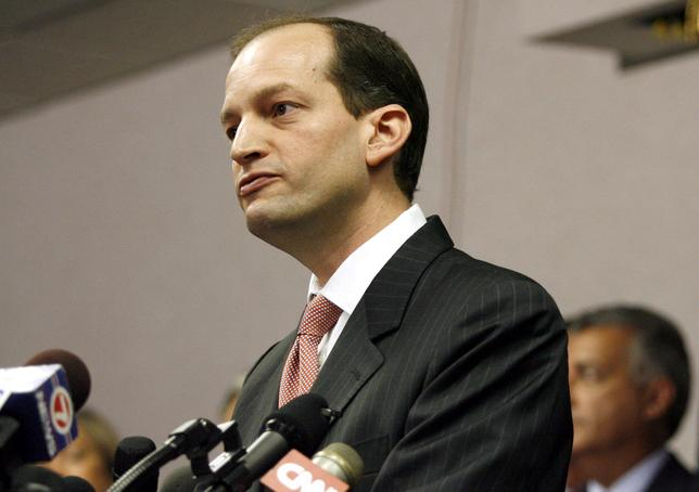 File Photo: U.S. Attorney R. Alexander Acosta holds a news conference  in Miami, Florida, June 23, 2006.  REUTERS/Marc Serota