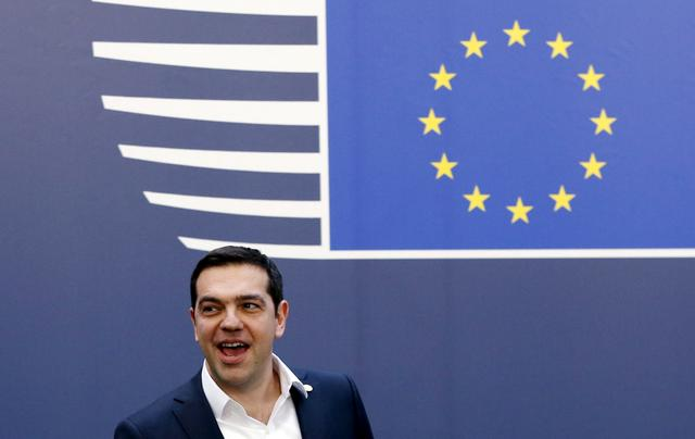 FILE PHOTO:Greece's Prime Minister Alexis Tsipras leaves the European Council building during a European Union leaders summit in Brussels, Belgium, February 19, 2016.   REUTERS/Francois Lenoir/File Photo