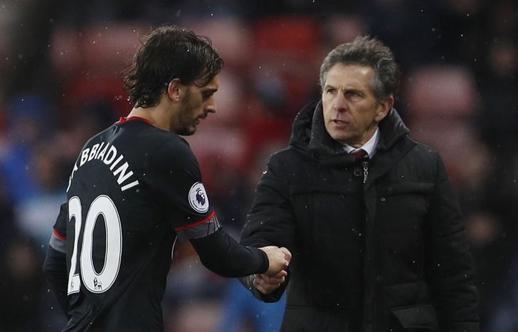 Britain Soccer Football - Sunderland v Southampton - Premier League - The Stadium of Light - 11/2/17 Southampton's Manolo Gabbiadini with Southampton manager Claude Puel after being substituted Action Images via Reuters / Lee Smith Livepic