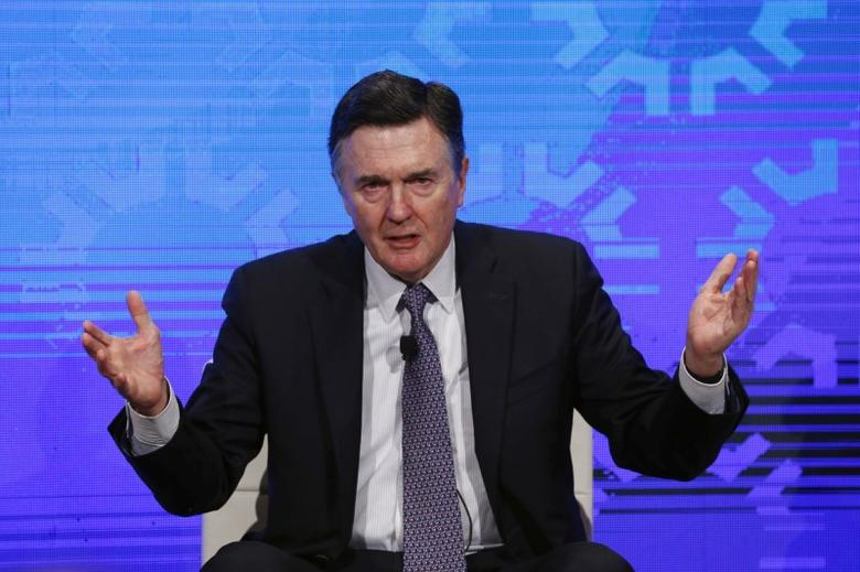 File Photo: Dennis Lockhart of the Atlanta Fed takes part in a panel convened to speak about the health of the U.S. economy in New York November 18, 2015. REUTERS/Lucas Jackson/File Photo