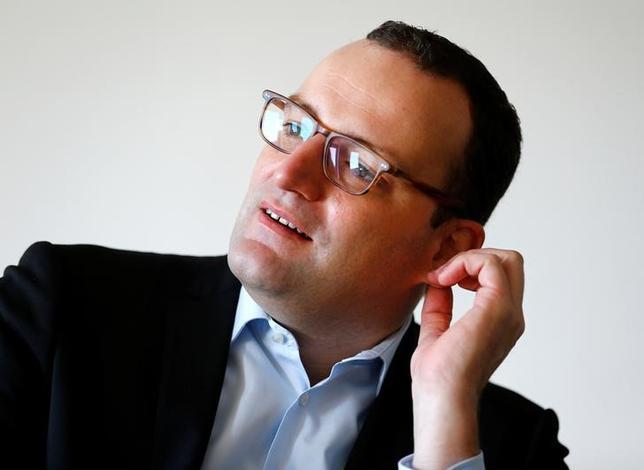 2月26日、ドイツ財務省のスパーン政務次官はギリシャ支援で債権者などに損失負担を求める「ベイルイン」が適用されるべきではないとの考えを示した。2016年10月撮影(2017年 ロイター/Joachim Herrmann)
