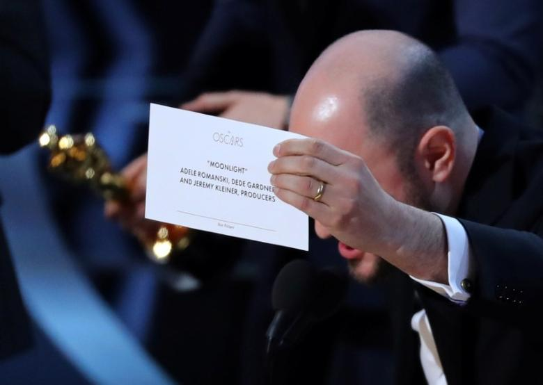 89th Academy Awards - Oscars Awards Show - Hollywood, California, U.S. - 26/02/17 - Producer Jordan Horowitz holds up the card for the Best Picture winner ''Moonlight.'' REUTERS/Lucy Nicholson