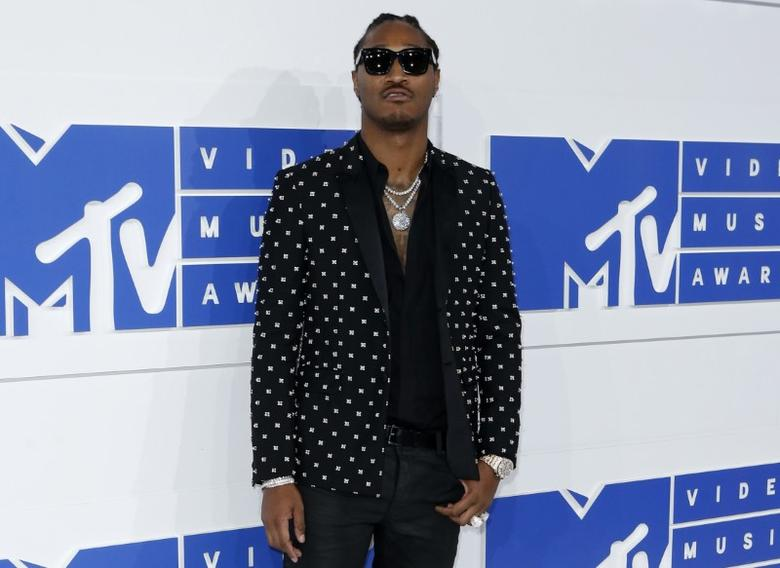 Rapper Future arrives at the 2016 MTV Video Music Awards in New York, U.S., August 28, 2016.  REUTERS/Eduardo Munoz