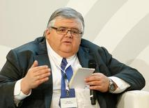 El jefe del banco central de México, Agustín Carstens, asiste a una conferencia en Wiesbaden en Alemania. 25 de enero de 2017. El banco central de México recortó el miércoles sus pronósticos en torno al crecimiento económico del país durante este y el próximo año, debido a la incertidumbre generada por el riesgo de políticas proteccionistas del presidente de Estados Unidos, Donald Trump. REUTERS/Ralph Orlowski