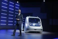 Volkswagen CEO Matthias Mueller presents Sedric concept car during Volkswagen event ahead of the 87th International Motor Show at Palexpo in Geneva, Switzerland, March 6, 2017. REUTERS/Arnd Wiegmann