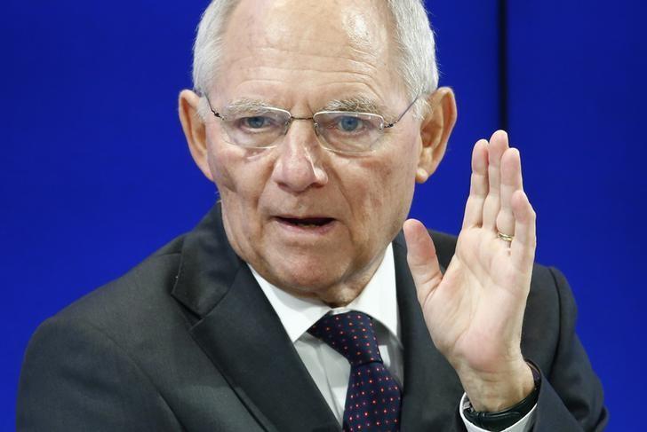 2017年1月19日,瑞士达沃斯,德国财长朔伊布勒出席世界经济论坛年会。REUTERS/Ruben Sprich