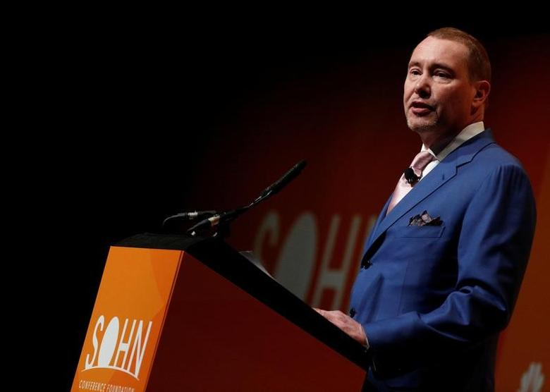 Jeffrey Gundlach, Chief Executive Officer, DoubleLine Capital LP., speaks at the Sohn Investment Conference in New York City, U.S. May 4, 2016.  REUTERS/Brendan McDermid