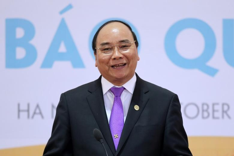 Vietnam's Prime Minister Nguyen Xuan Phuc speaks during a news conference after the 8th Cambodia-Laos-Myanmar-Vietnam Summit (CLMV-8) and the 7th Ayeyawady-Chao Phraya-Mekong Economic Cooperation Strategy Summit (ACMECS-7) in Hanoi, Vietnam October 26, 2016. REUTERS/Luong Thai Linh/Pool/Files