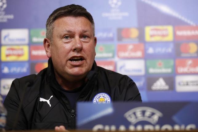 3月13日、サッカーのイングランド・プレミアリーグ、レスターのクレイグ・シェークスピア監督は、14日にホームで行われる欧州CL決勝トーナメント1回戦、セビリアとの第2戦では、逆転突破を目指して積極的に攻めると述べた(2017年 ロイター)