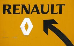 L'alliance Renault-Nissan a annoncé mardi la création d'une division commune dédiée au véhicules utilitaires afin d'accélérer les ventes et les synergies sur un segment qui se mondialise dans le sillage des voitures. /Photo d'archives/REUTERS/Jacky Naegelen